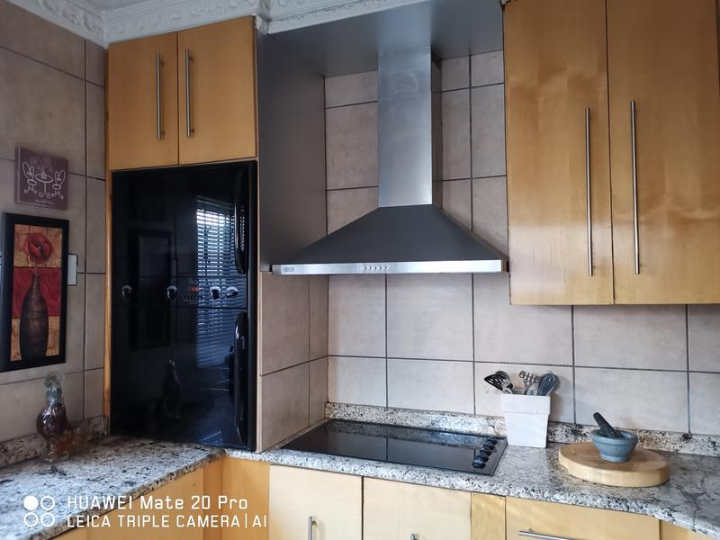 Property For Rent in Dube, Soweto 4