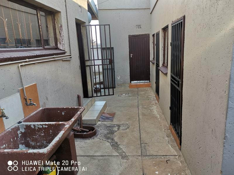 Property For Rent in Dube, Soweto 17