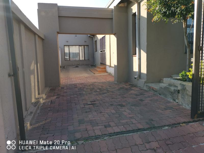 Property For Rent in Dube, Soweto 19