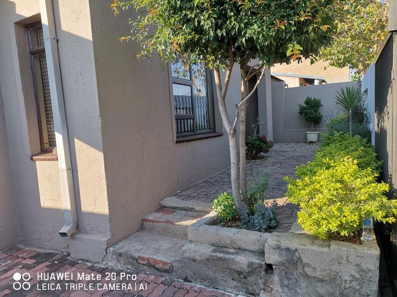 Property For Rent in Dube, Soweto 20