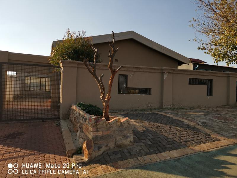 Property For Rent in Dube, Soweto 1