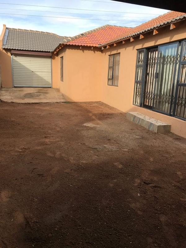 Property For Sale in Protea North, Soweto 23